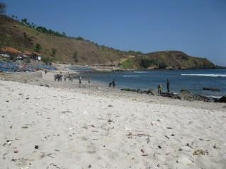 Telusuri-Pantai-Menganti-Surga-di-Kebumen5